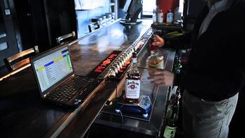 performing liquor inventory audits - Bar-i franchise opportunities